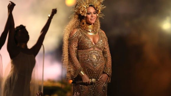 Beyoncé was visibly pregnant when she performed at