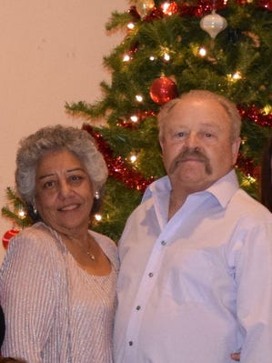 Larry and Rosalita Howes