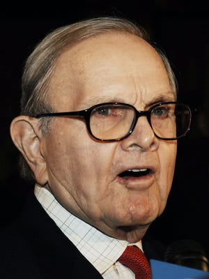 Buffalo Bills owner Ralph Wilson arrives for a meeting with NFL owners and commissioner Paul Tagliabue at the Grand Hyatt Hotel, Thursday, March 2, 2006, in New York.
