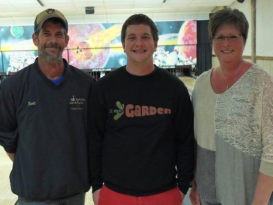DCA 4616 bowling