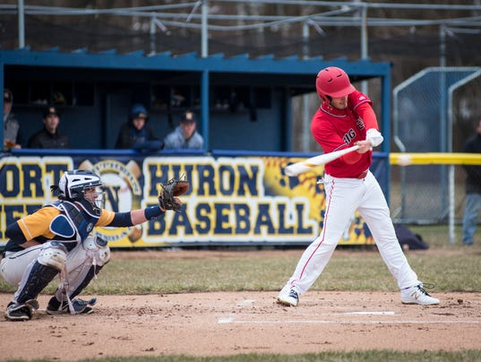 636596682591272237-20180418-Port-Huron-Northern-vs-Port-Huron-baseball-0011.jpg