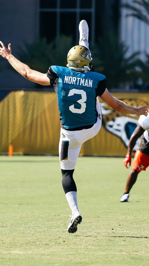 Brad Nortman (3) at a joint training camp session with