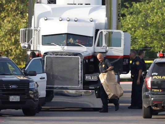 AP APTOPIX TRACTOR TRAILER TRAFFICKING DEATHS A USA TX