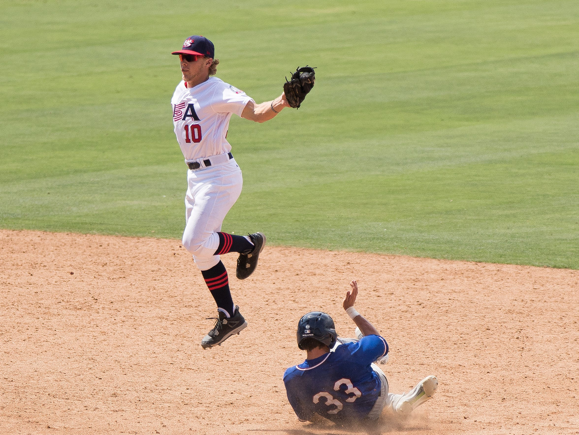 Taylor Walls makes a catch for Team USA against the