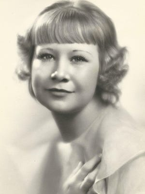 Ann Walker Callahan passed away Friday, March 27, 2015 at Golden Peaks Care and Rehabilitation Center in Fort Collins, where she had been a resident for many years.