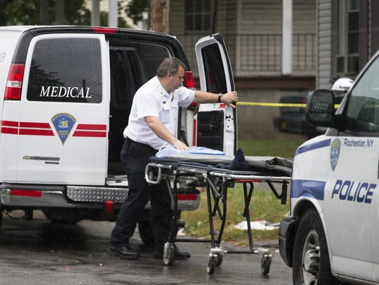 An investigator from the Monroe County Medical Examiner