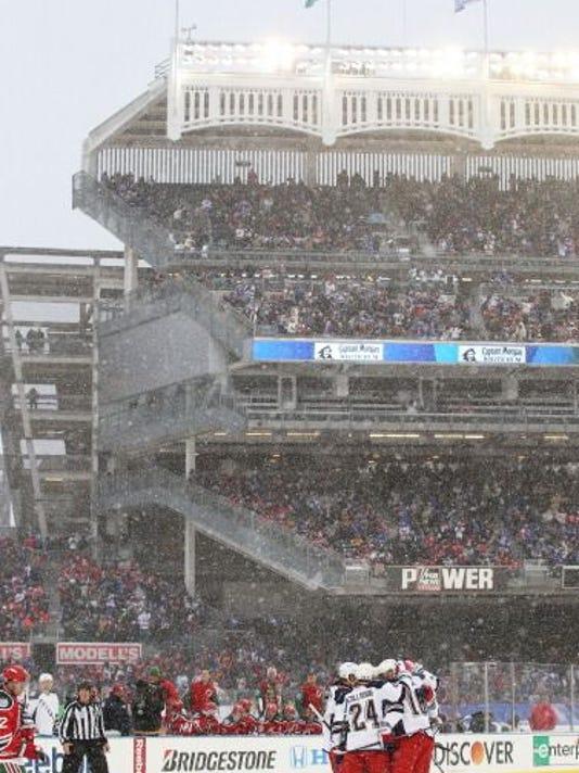 hagelin-goal-at-Yankee-Stadium.jpg