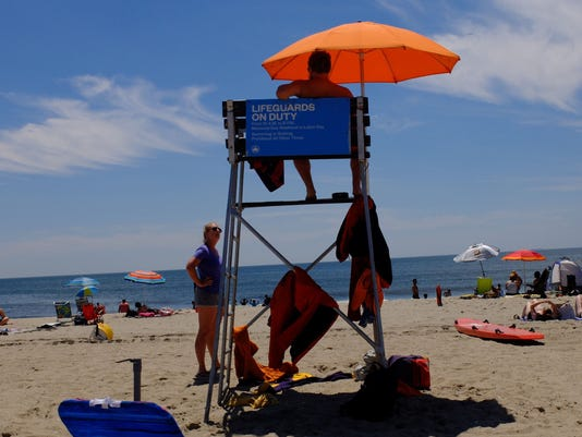 Heat Wave Continues To Pound New York City