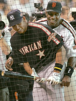 Alex Rodriguez and Barry Bonds at the 2004 All-Star Game in Houston.