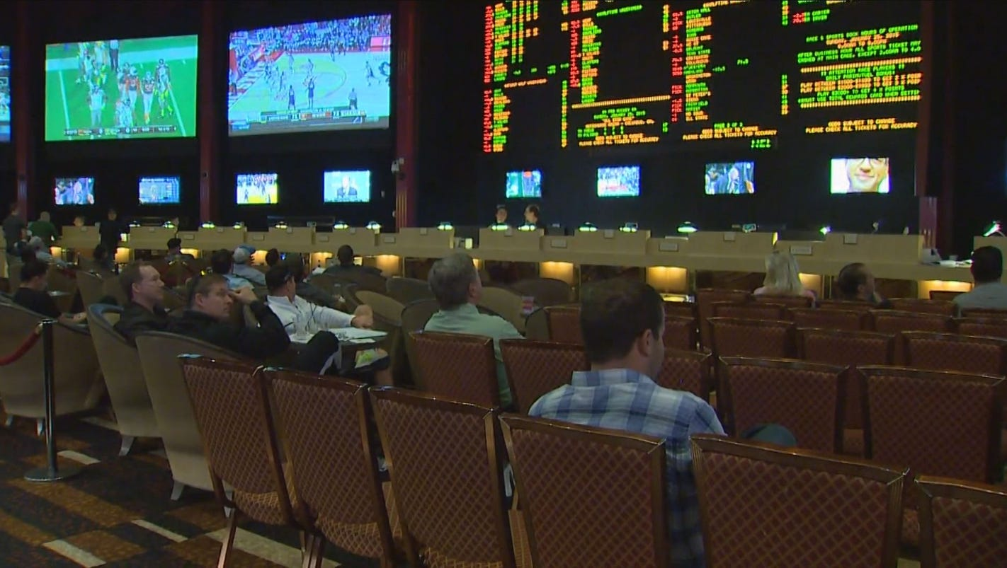 pro and cons of legalizing gambling in hawaii We discuss the main pros and cons of online gambling overall, though, our view is that the pros outweigh the cons by quite some margin.