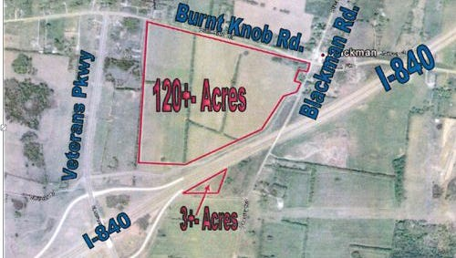 The red lines show the 123-acre Donald McDonald property that the Murfreesboro government is pursuing for a westside park between Burnt Knob, Blackman and Vaughn roads and state Route 840.