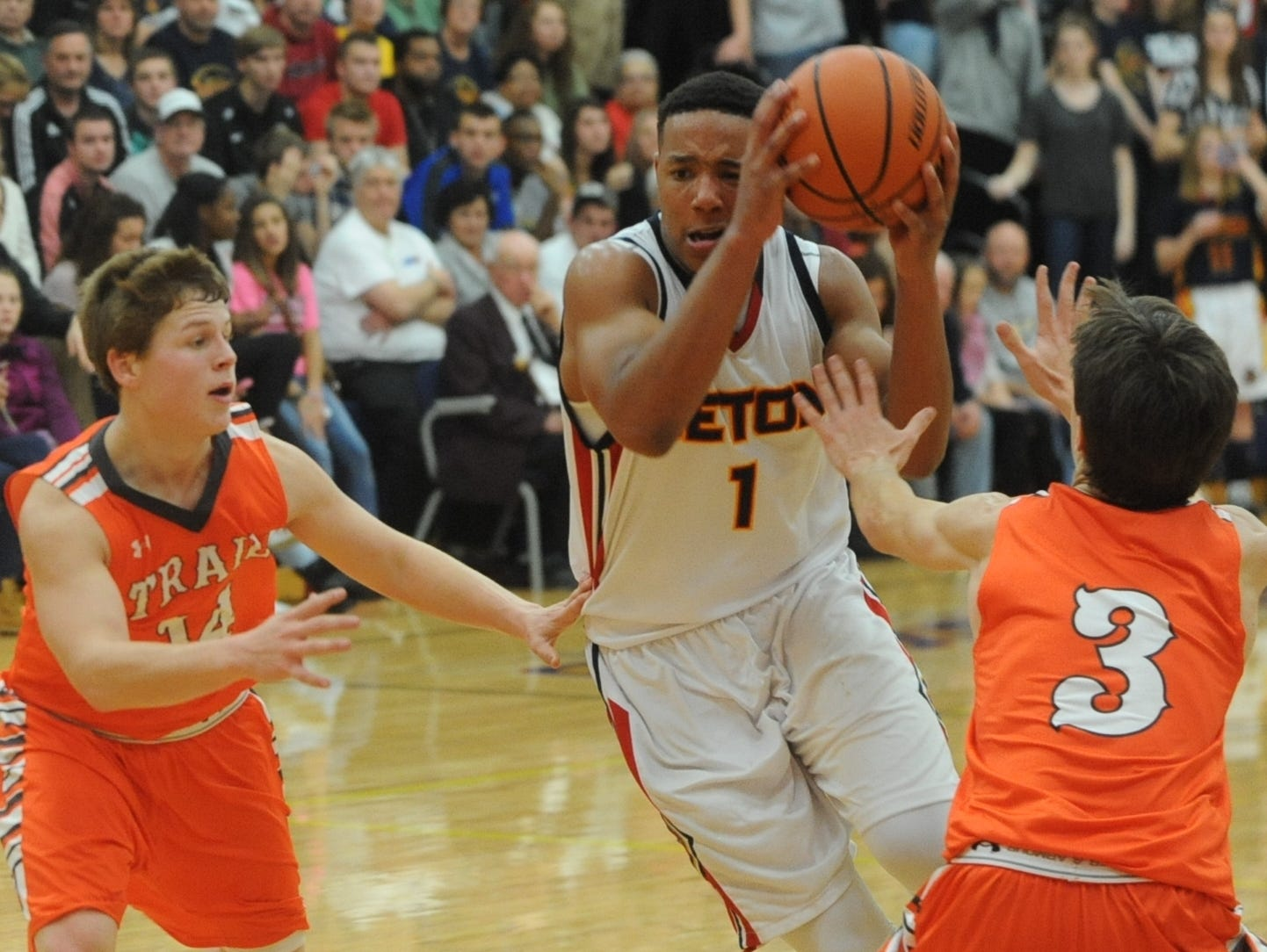 Seton Catholic's Desmond Bane makes a move toward the basket during Friday night's season-opening victory over National Trail. He set the school's all-time scoring record with his 1,208th point during the game at Chuck Mosey Gymnasium.