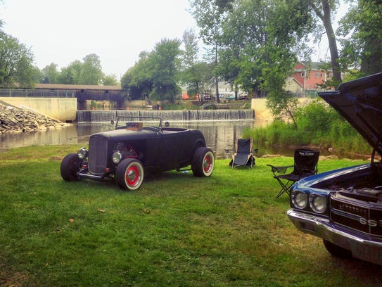 Classic cars will line Mishicot's Village Park during