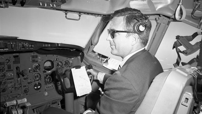 Rollin King on a Boeing demo flight from San Antonio during the early aircraft selection process on June 17, 1968.
