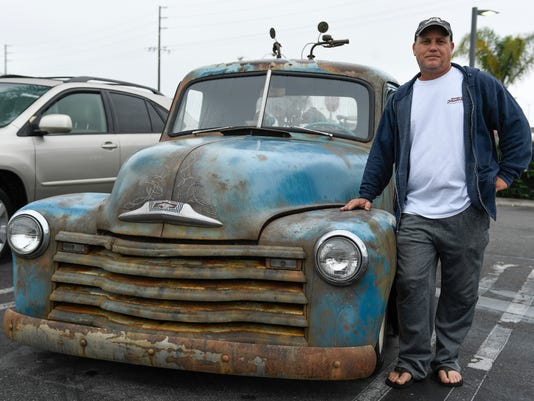 XXX JUST COOL CARS RUSTY PICKUP 395.JPG USA CA