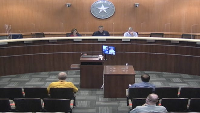 The Round Rock City Council met for a packet briefing on Tuesday to discuss Thursday's meeting agenda, which includes the first vote on the city's budget and property tax rate