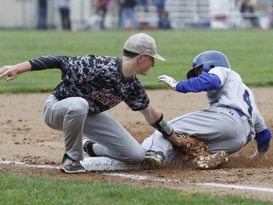 Elmira third baseman Matt Lovejoy tags Maine-Endwell's