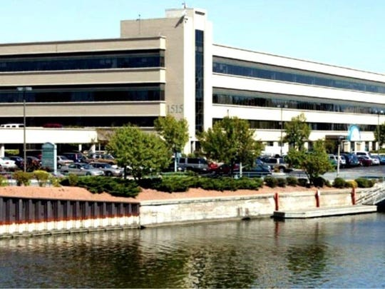 Badger Liquor is moving its sales offices from West Allis to the RiverCenter building at downtown Milwaukee's Schlitz Park business park.