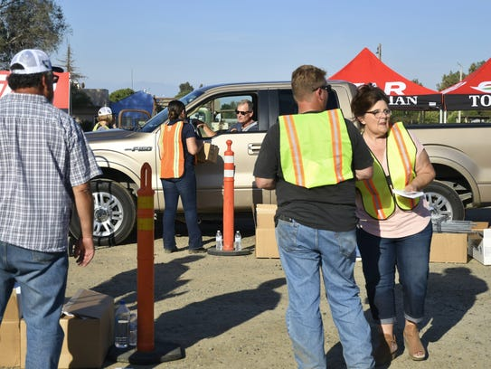 Tulare residents rallied together in support of agriculture
