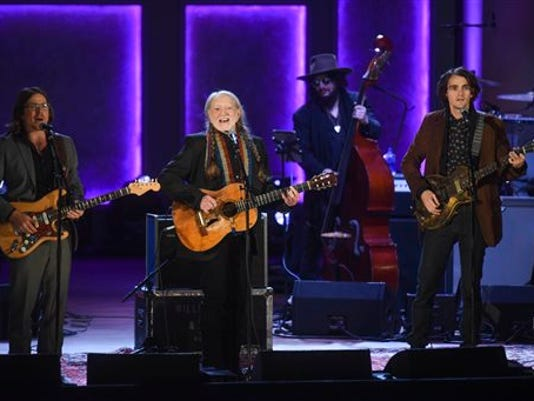 Willie Nelson, Lukas Nelson, Jacob Micah Nelson