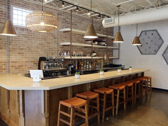 Inside Look At New Eio Amp The Hive Restaurant