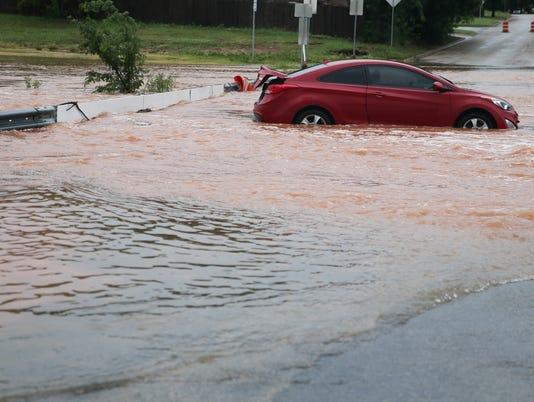Sul Ross Street flooding