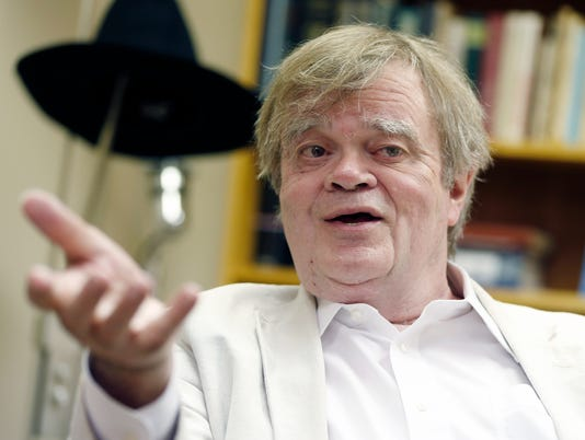 AP PEOPLE GARRISON KEILLOR A USA MN