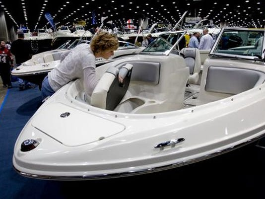 635889743976690366-lou-boat-show.jpg