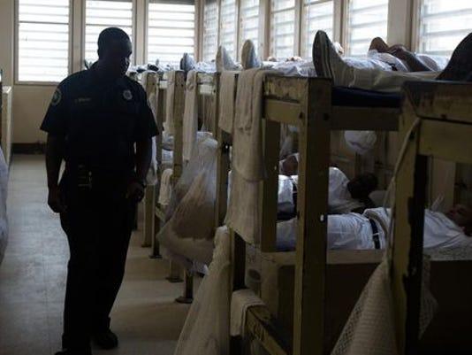 635939124725236626-prison-0.jpg