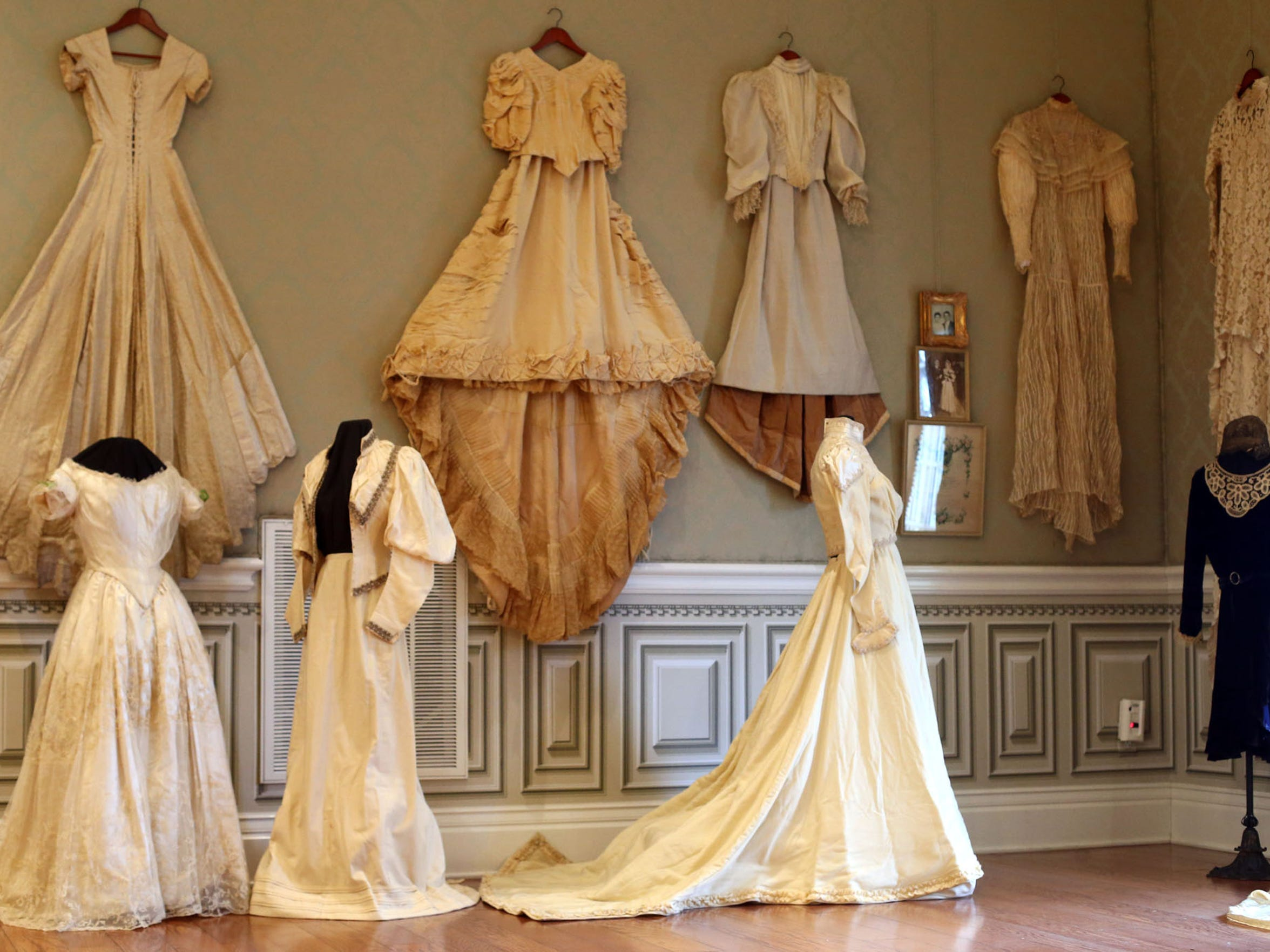 """THROUGH SUNDAY: Oaklands Mansion, 900 N. Maney Ave. in Murfreesboro, presents the annual """"Wedding Dresses Through the Decades"""" on exhibit Jan. 21 through March 5. Vintage gowns from the past 100 years will be on display, including Barbara Mandrell's 1967 gown which was handmade by her mother, and the white naval uniform worn by her husband, Ken Dudney. Admission: $10 and museum tours are available at regular rates during regular museum hours and combination tickets for the exhibition and house tours are available at a reduced rate. For more information, contact Mary Beth Nevills at Oaklands 615-893-0022 or email mb@oaklandsmuseum.org."""