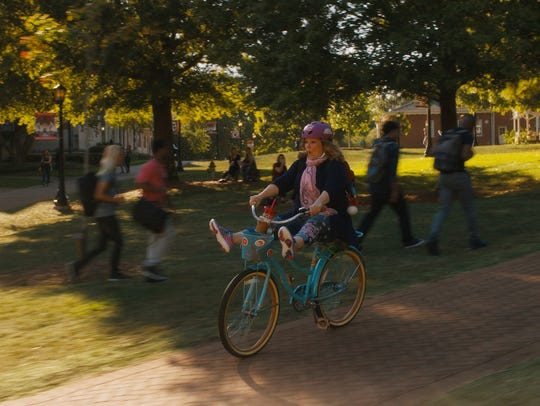 Melissa McCarthy goes back to college in the comedy