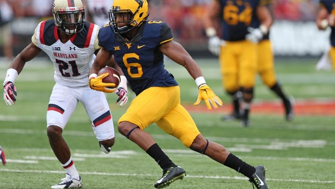 Daikiel Shorts signed as an undrafted free agent with the Buffalo Bills on Saturday night after a four-year career at West Virginia.