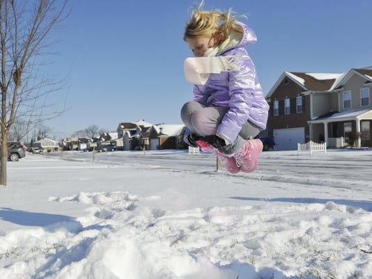 636191102971562820-snow.JPG