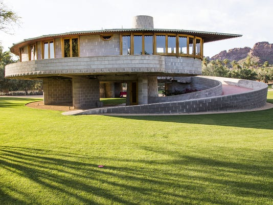 Midcentury Modern Frank Lloyd Wright Arcadia house