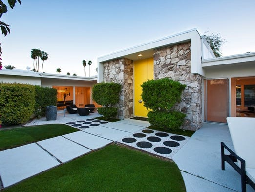 Vacation like 39 mad men 39 mid century homes you can rent for Mid century modern modular homes
