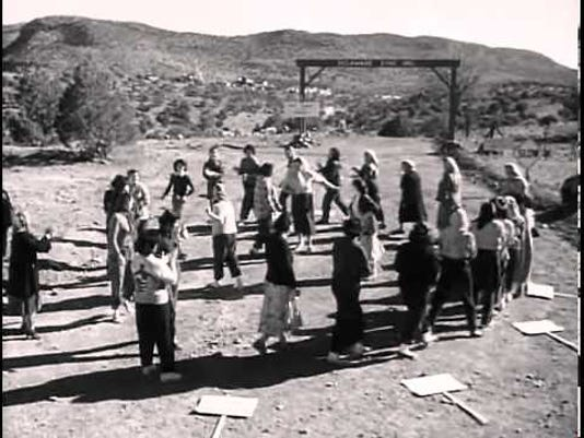 636674307984435944-Salt-of-the-Earth-film-still-1954.-Women-on-picket-line-002-.jpg