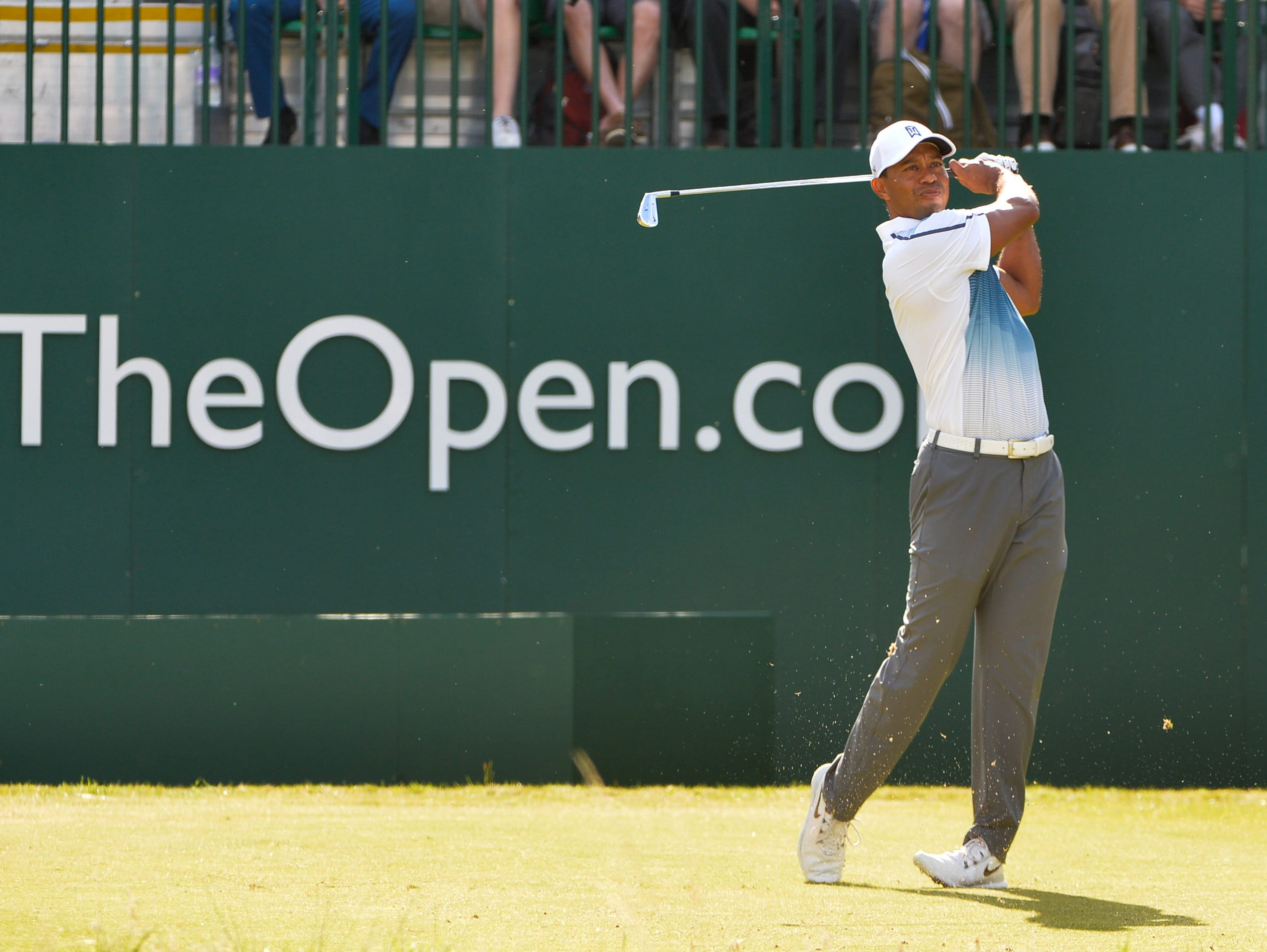 tiger woods u0026 39  champion pedigree shows in first round of open
