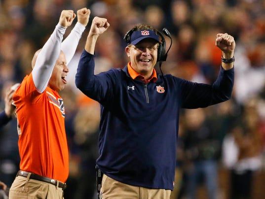 Gus Malzahn New Deal >> Gus Malzahn reaches new deal to stay with Auburn