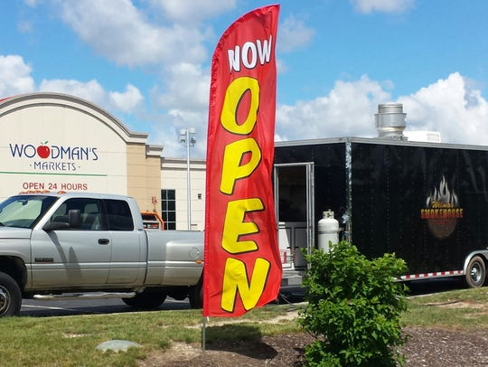 Wilma's Smokehouse can usually be found four days a week in the parking lot of Woodman's in Menomonee Falls.