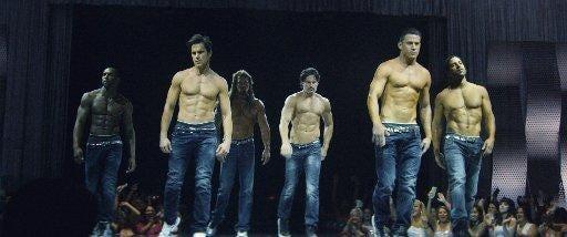 Striptease from Enrique Iglesias 30.06.2010 59