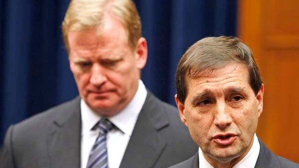 NFL lead counsel Jeff Pash, right, speaks with reporters as commissioner Roger Goodell listens on Oct. 14, 2011. Both are likely to be investigated in the league's probe.