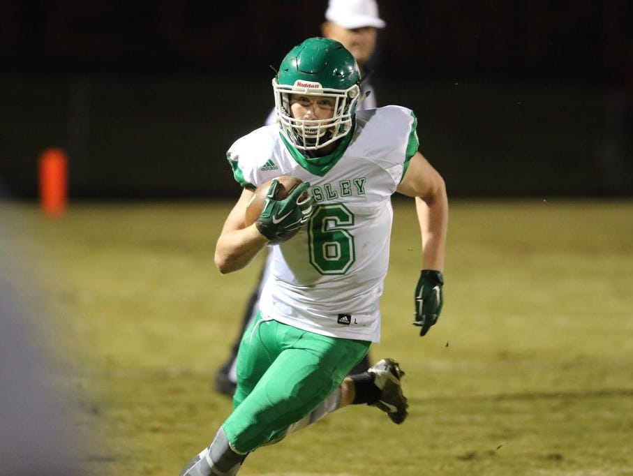 Easley's Will Drawdy (6) runs for dwon the sideline against Hillcrest on Friday.