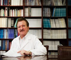 Controversial Texas doctor Stanislaw Burzynski goes before disciplinary board
