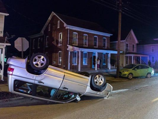 HES-HJ-010516-Broadway crash-3.jpg