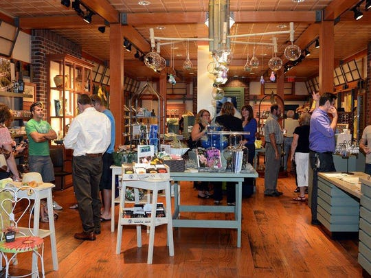 The Edison & Ford Winter Estates debuted the Edison Ford Shoppe at Bell Tower Shops in April 2013.