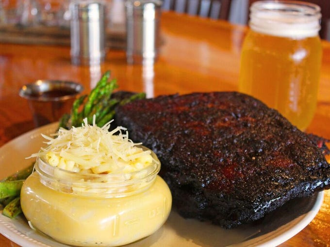 Jack and Jameson's pairs smoky barbecue, live music