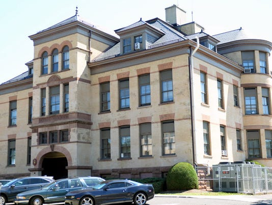 Ridgewood Board of Education Building