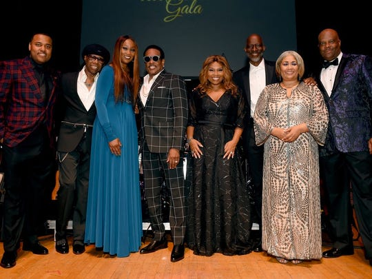 NASHVILLE, TN - MAY 31: (L-R) Producer Phil Thornton, producer Nile Rodgers, gospel singer Yolanda Adams, musician Charlie Wilson, Mona Scott-Young, musician Keb' Mo', journalist Dyana Williams and NMAAM president and CEO Henry Beecher Hicks III attend NMAAM Celebration of Legends Gala on May 31, 2018 in Nashville, Tennessee. (Photo by Jason Kempin/Getty Images for NMAAM)