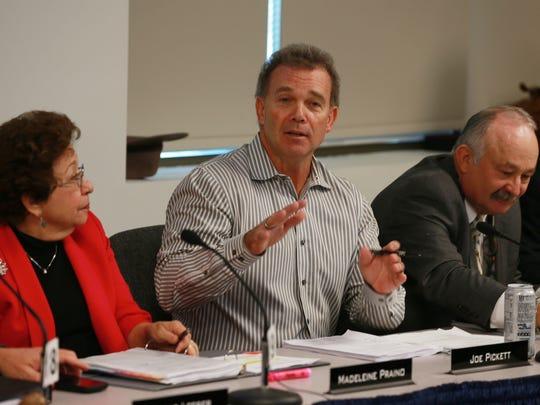 State Rep. Joe Pickett, D-El Paso, talks about the César Chávez Border Highway during an El Paso Metropolitan Planning Organization meeting.