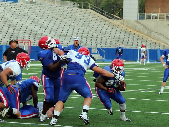 Louisiana Tech defensive tackle Jordan Bradford (93) is in the mix to start for the Bulldogs in 2016.